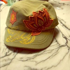 Accessories - Military inspired lotus hat